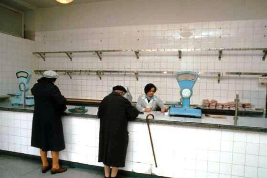 Magasins-sovietiques-opulence-denree-biens-2