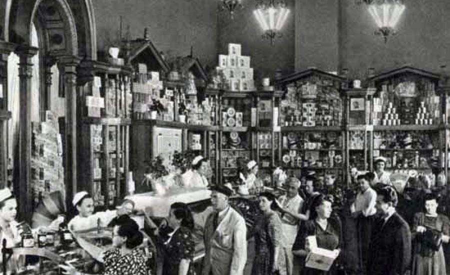 Magasins-sovietiques-opulence-denree-biens-Kiev