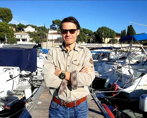 """interview Anton Malafeev, livre """"La psychologie des (nouveaux) riches"""""""